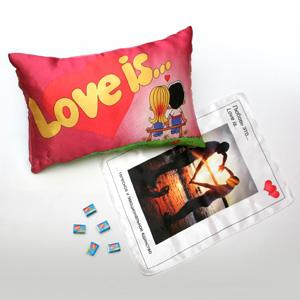 Подушка Love is... с любой вашей фотографией
